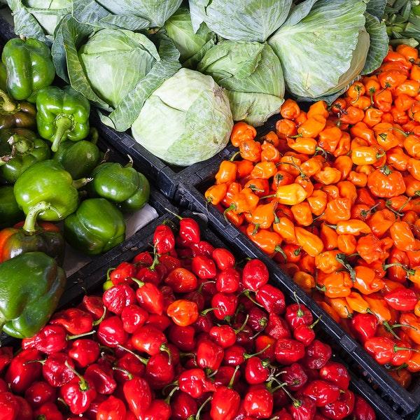 assorted-vegetable-store-displays-2252584