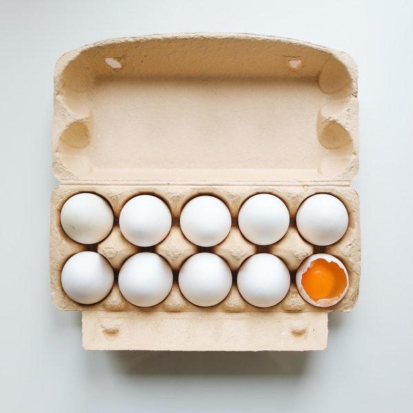 photo-of-white-eggs-on-tray-4110226